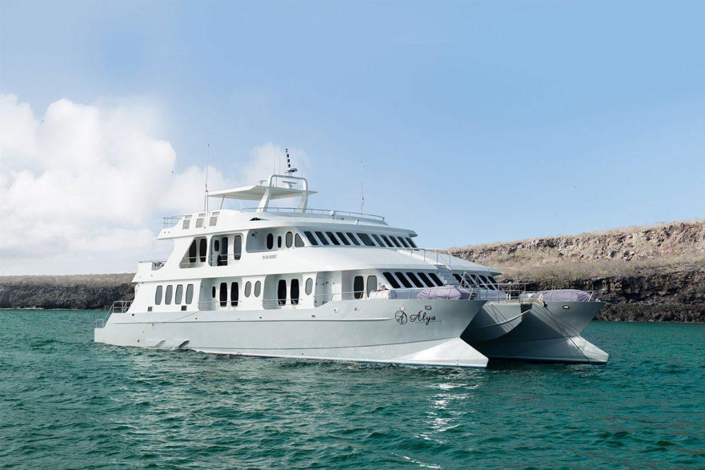 galapagos-cruises-alya