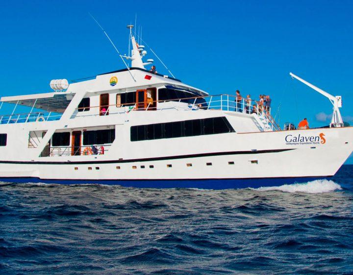galapagos-cruises-galaven