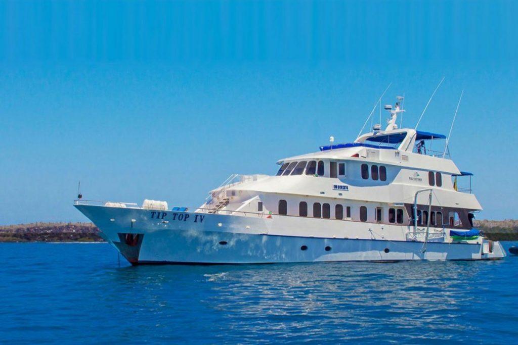 galapagos-cruises-tiptop-iv